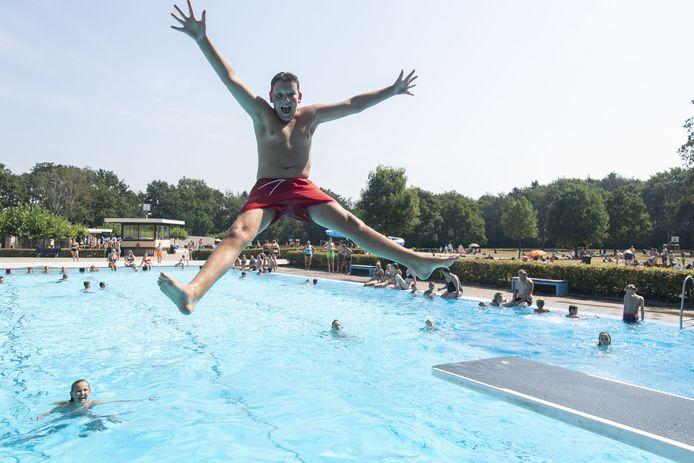 Berkelland snijdt in 2024 niet in de subsidie voor de zwembaden, maar vanaf 2025.