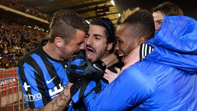 Claudemir Domingues de Souza, Refaelov Lior en Bolingoli Boli vieren na de beslissende goal. Beeld PHOTO_NEWS