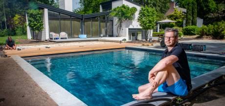 Enorme vraag naar luxe zwembaden in achtertuin: 'Ik heb een wachtlijst van een half jaar'