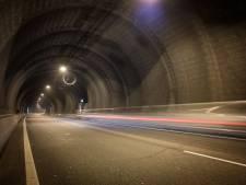 Ongeluk in Westerscheldetunnel, beide buizen afgesloten voor verkeer