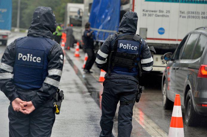 Een controle op mensensmokkel door de federale wegpolitie. (archief)