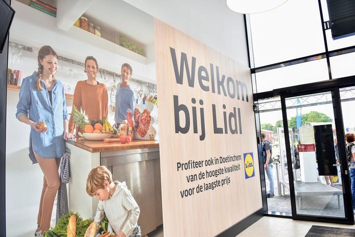 Opening van de Lidl in Doetinchem.