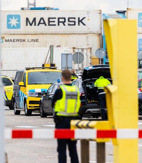 Drugscriminelen teisteren Rotterdamse haven, binnen tien dagen ruim honderd arrestaties: 'Vangen ze bij bosjes'