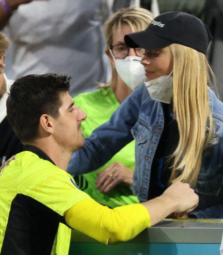 """Courtois cherche du réconfort auprès de sa petite amie après la défaite: """"Un adversaire digne de ce nom"""""""