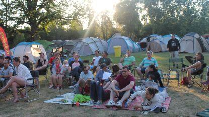 Zomervakantie begint met familiebivak in het Kaandelpark