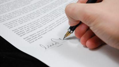 Aan deze kleine lettertjes mispakken veel mensen zich als ze een arbeidsovereenkomst tekenen