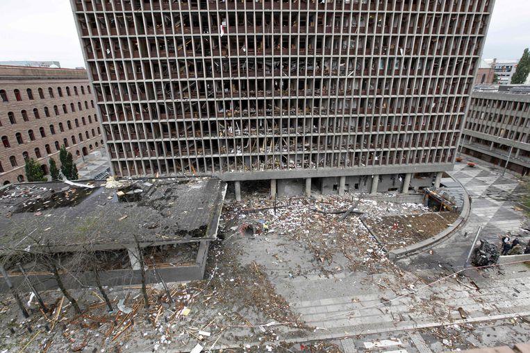 Breivik bracht een bom tot ontploffing in de regeringswijk in Oslo. Beeld AFP