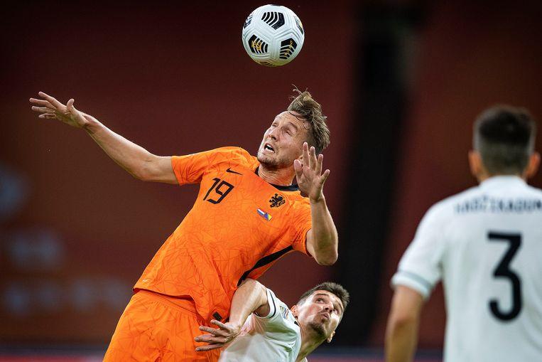 Luuk de Jong, hier te zien in het tenue van het Nederlands elftal, staat bekend als een goede kopper.  Beeld Guus Dubbelman / de Volkskrant