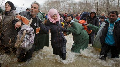 """Athene maakt zich zorgen over """"uiterst verontrustende"""" toestroom van vluchtelingen via grensrivier Evros"""