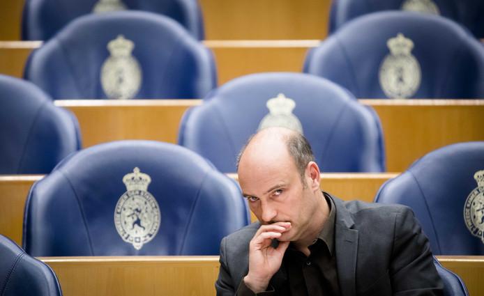Tweede Kamerlid Jasper van Dijk (SP) gaat kamervragen stellen over de werkwijze van Laborijn.