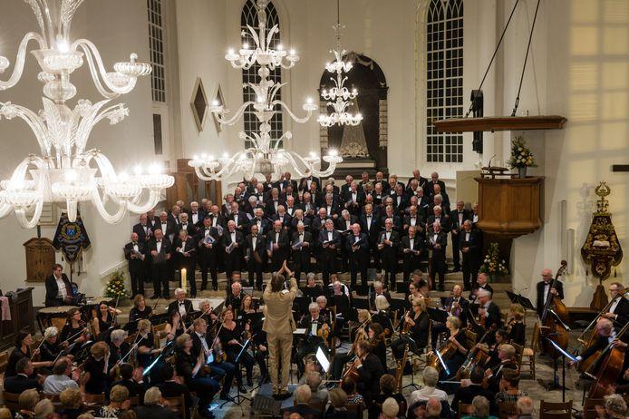 Het 100-jarig jubileum van het koor.