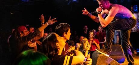 Rapper Young Teach is de gekste in Burgerweeshuis Deventer