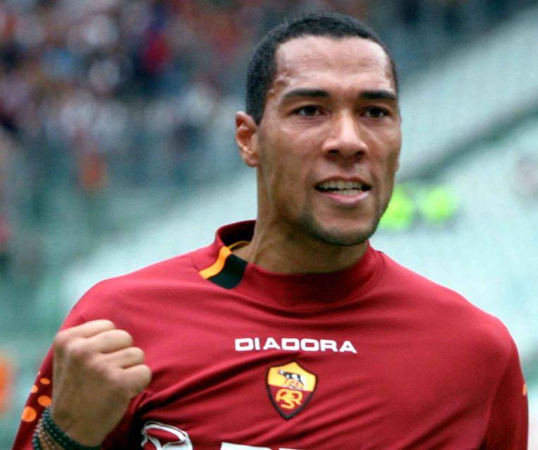 De Noorse spits John Carew, hier in het shirt van AS Roma.
