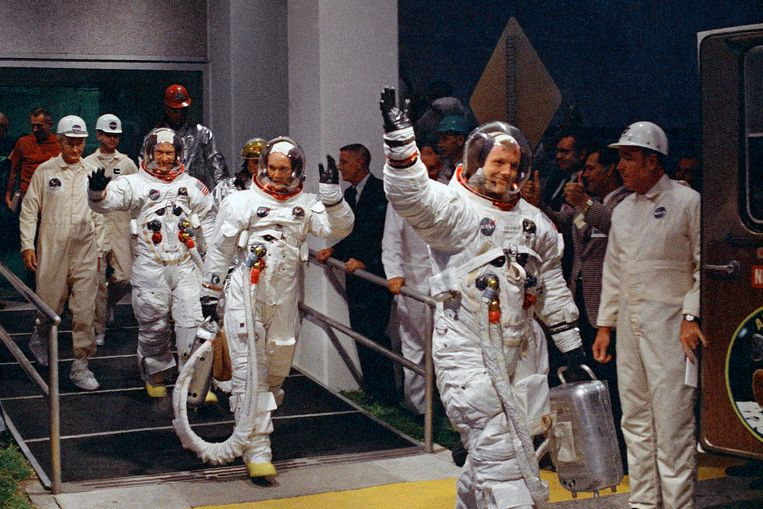 Neil Armstrong en Buzz Aldrin zouden beroemd worden, Michael Collins wordt af en toe vergeten.  Beeld AP