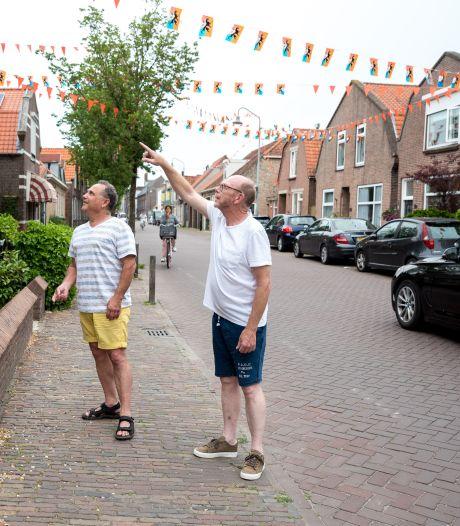 Bewoners zien hun huizen scheuren en willen af van het vrachtverkeer in de Weststraat in Zierikzee
