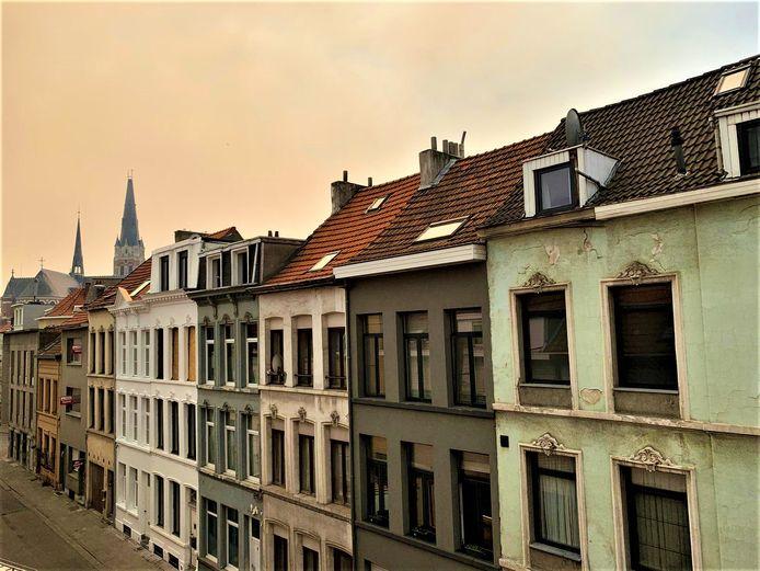 Gele smog boven Antwerpen.