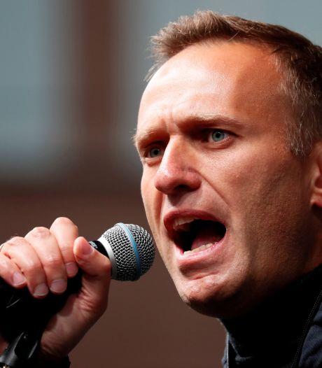 Navalny dit avoir de la fièvre, mais continue sa grève de la faim