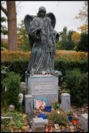 Het graf van Herman Brood op begraafplaats Zorgvlied in Amsterdam.