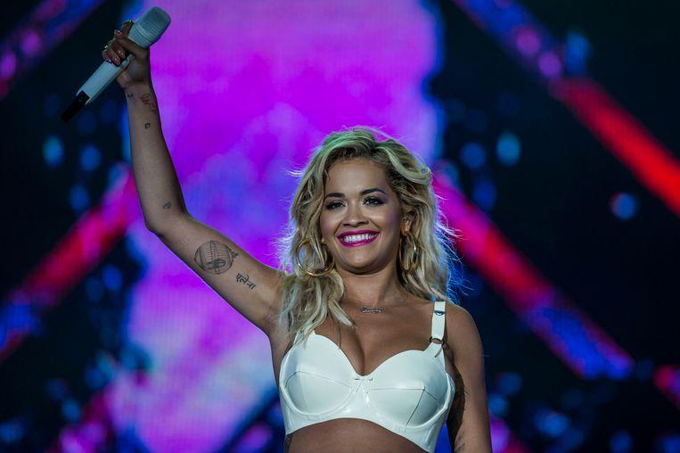 Rita Ora tijdens haar optreden op het Balaton Sound Festival in Zamardi, Hongarije op 6 juli 2018.