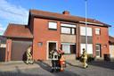 De brandweer kon zich beperken tot miniem bluswerk en het rookvrij maken van de woning.