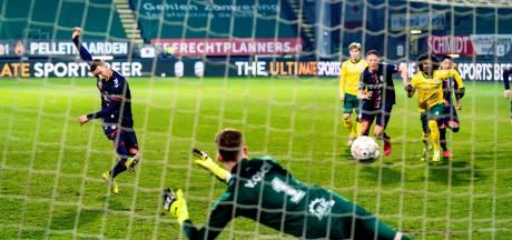 Ontketend Emmen hijgt na zege bij Fortuna in de nek van Willem II en VVV