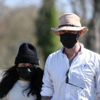 experts-moeten-duidelijkheid-geven-over-dragen-mondmasker