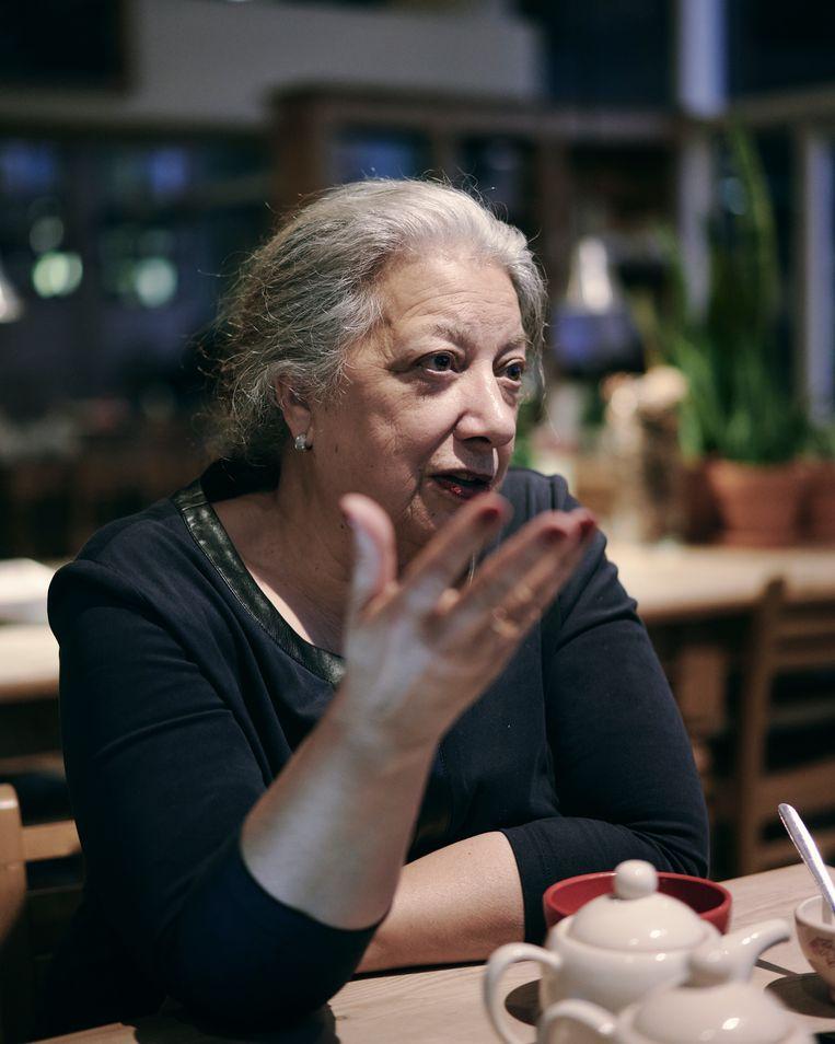 'Mijn moeder was tien in 1933 en heeft ondervonden hoe die wurggreep van het nazisme alles verstikte.' Beeld Joris Casaer