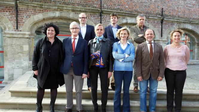 Wie schrijft de speeches van de Vlaamse ministers?