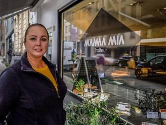 """Mariska (50) neemt afscheid van traiteurzaak Mamma Mia om met Odette Saladette droom na te jagen: """"Ik hou als groentenfreak immens van salades"""""""