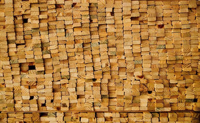 De houtprijs is in een jaar tijd bijna verdubbeld