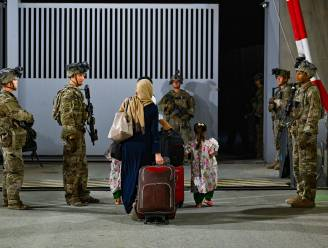 Taliban staan niet langer toe dat Afghanen naar luchthaven gaan, Biden houdt vast aan 31 augustus als deadline voor terugtrekking