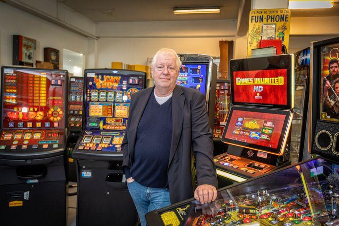 Robert de Vries zou zijn speelautomaten maar wat graag neerzetten in een eigen gokhal in Vlaardingen.
