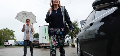 Zeeuwse boeren praten minister Van Nieuwenhuizen bij over droogteproblemen