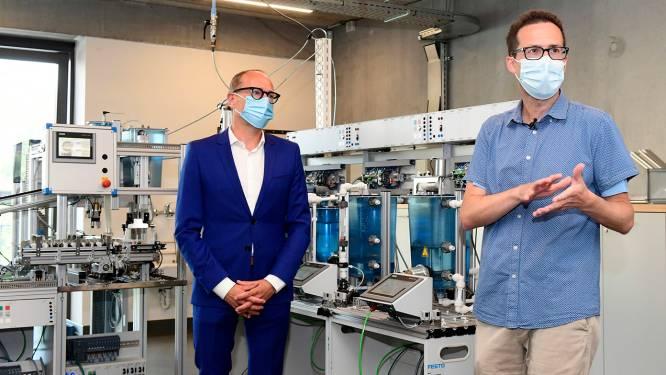 's Ochtends ingenieur bij BASF, in namiddag leraar chemie: overheid plaatst vakexperten nu deeltijds voor de klas