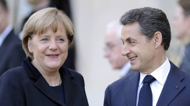 Merkel krijgt kritiek voor openlijke steun aan Sarkozy