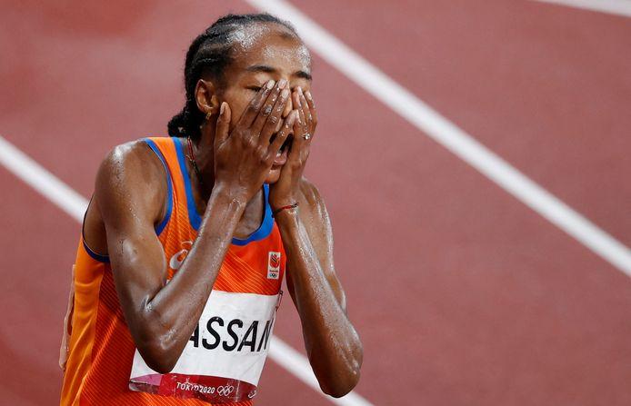 Sifan Hassan wint op sensationele wijze de 5.000 meter in Tokio.