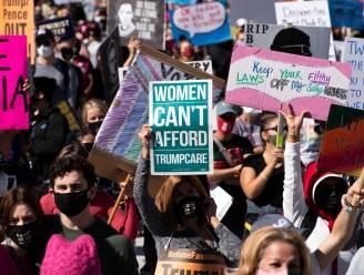 Duizenden demonstreren in Amerikaanse Vrouwenmars tegen Trump