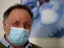 Man bedreigt de bekende Belgische viroloog Marc van Ranst met de dood: 'Ga hem schieten'