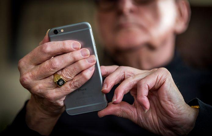 Ook senioren gaan steeds meer online.
