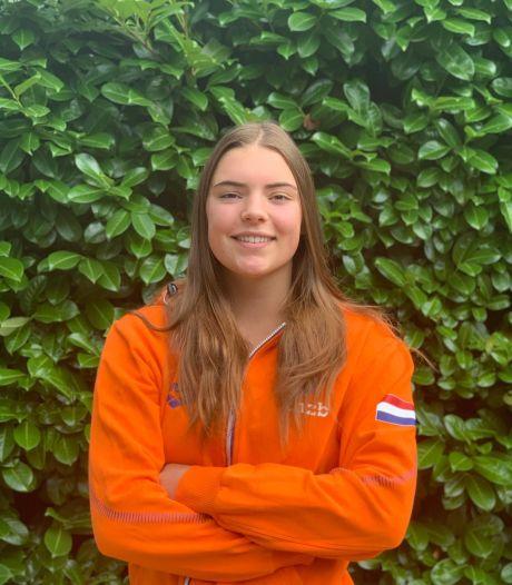 Vol verbazing hoort BZC-waterpoloster het goede nieuws: ze mag met Jong Oranje naar het EK