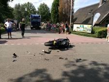 Motorrijder gewond na ongeluk in Rheezerveen