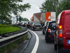 File op A15 door kapotte glasplaat