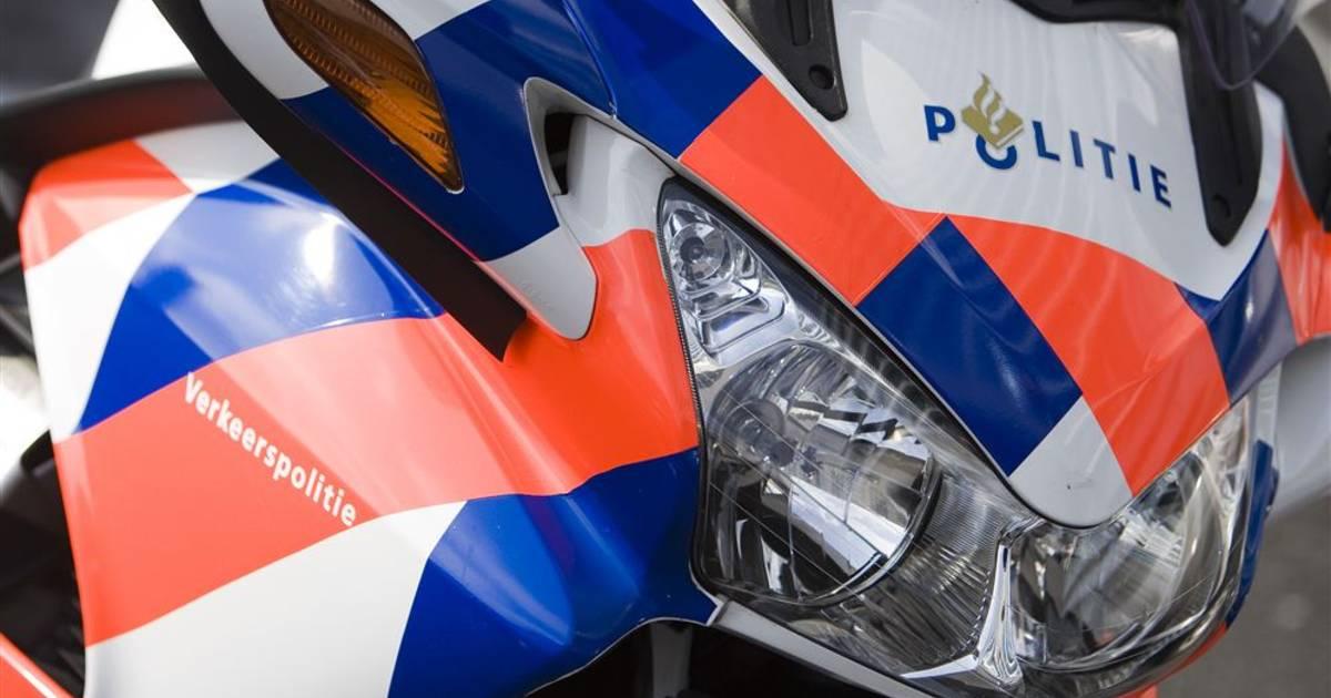 Motoragent ontkomt aan ongeluk in Veghel, man uit Geldrop haalt in over doorgetrokken streep.
