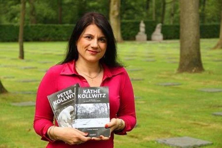 Kathelijn Vervarcke beschrijft in haar tweede boek mama Käthe Kollwitz en haar kunst.