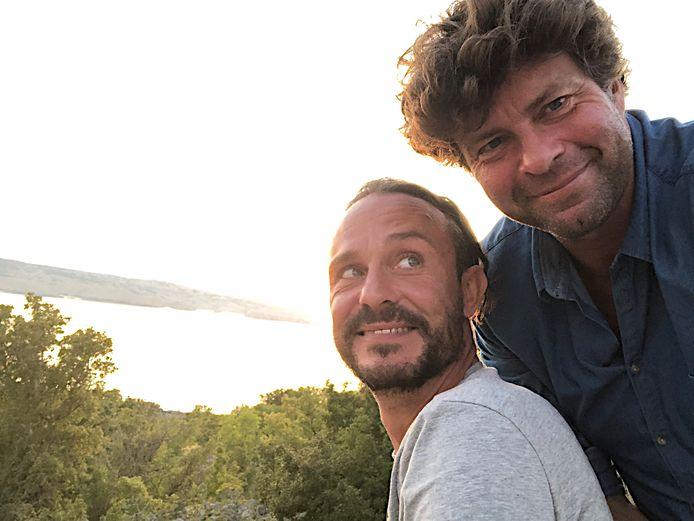 Wim Lybaert en Tijs Vanneste bij de opnamen van 'De Columbus'