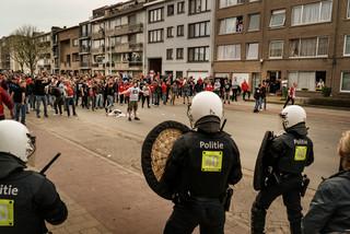 fotoreeks over Antwerp wil schade na stadsderby verhalen op daders of Beerschot Wilrijk