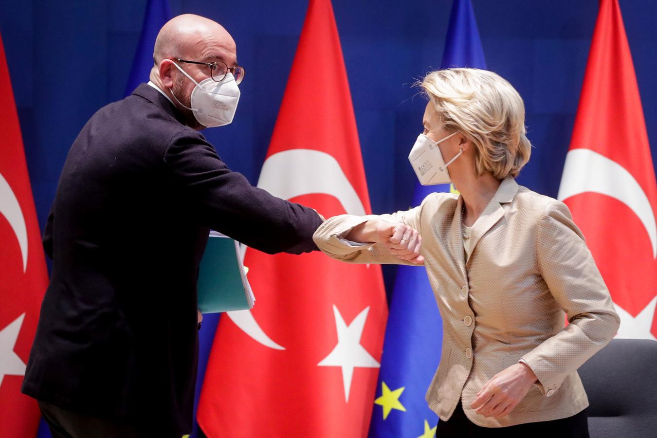 Charles Michel, président du Conseil européen, et Ursula von der Leyen, présidente de la Commission européenne