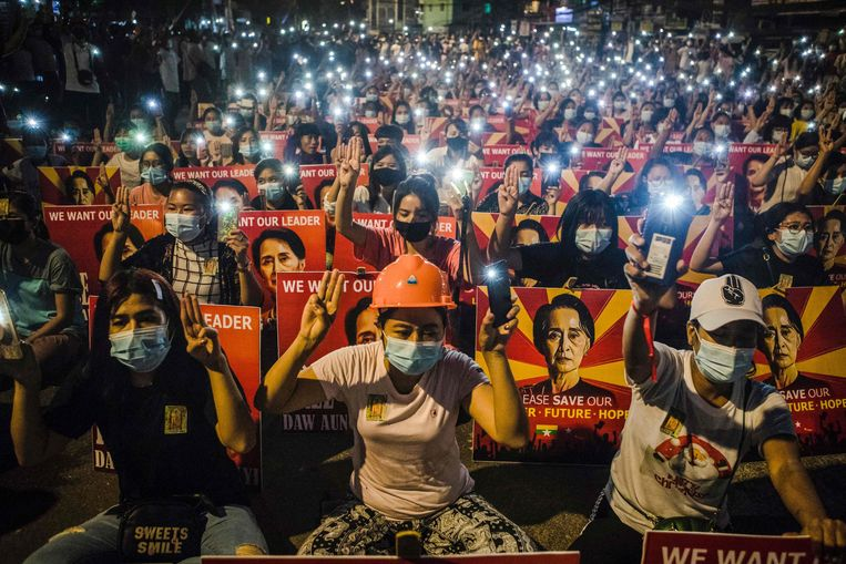 Aung San Suu Kyi geniet nog veel steun in Myanmar. Beeld AFP