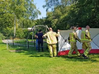 Man overleden na mishandeling in Nederlandse speeltuin nadat buurtbewoners hem verdenken van betasten vierjarig meisje