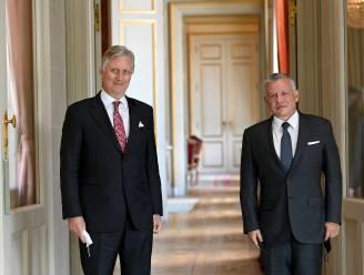 ROYALTY BITS. Hoog bezoek voor koning Filip, terwijl Britse prins Philip een jacht krijgt als eerbetoon